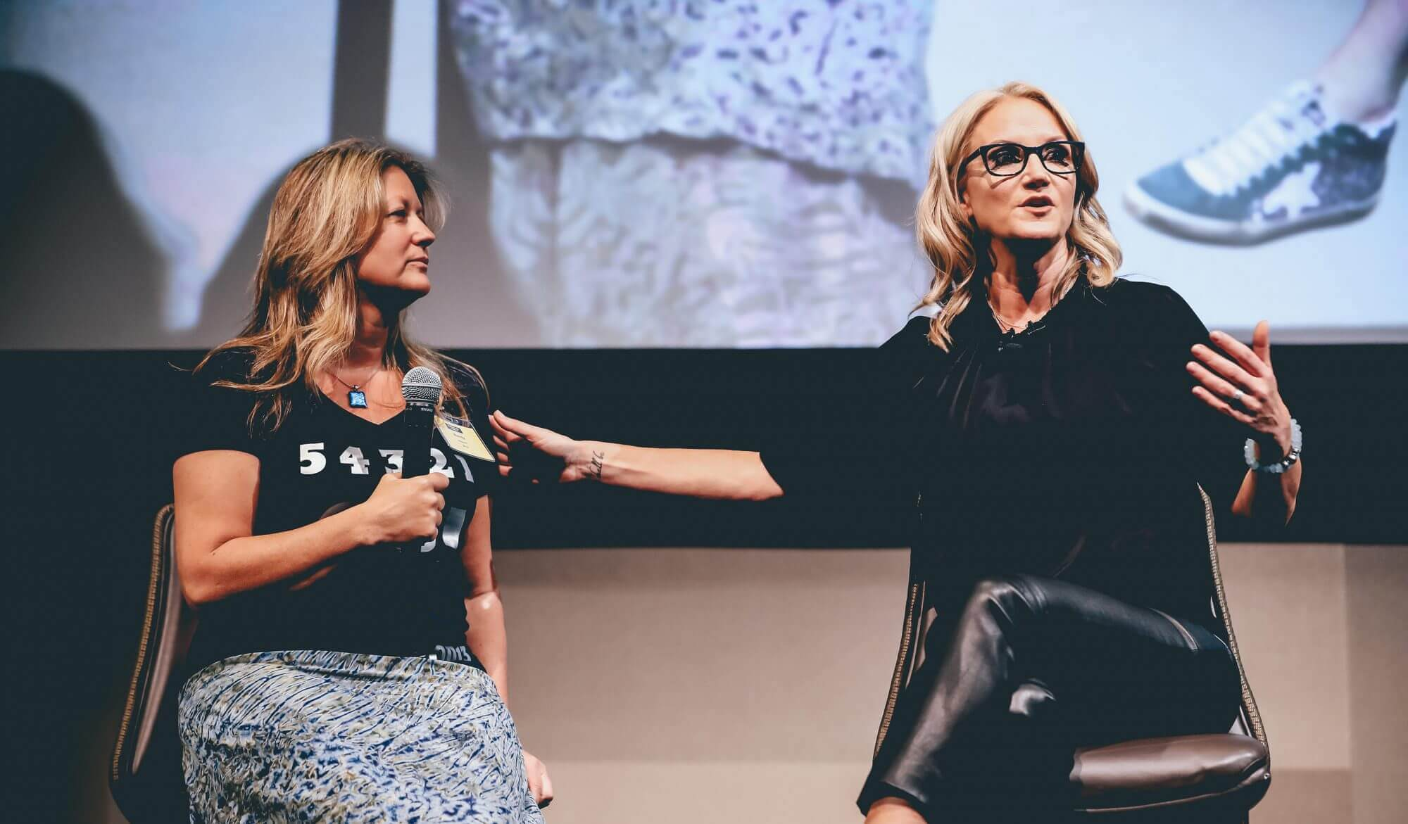 View project Mel Robbins